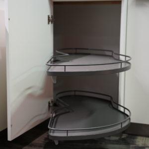 Bauformat L-Küche mit Teleskop Auszügen