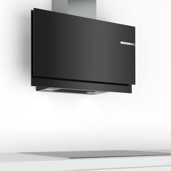 Bosch Wandesse Dunstabzug Design Klarglas schwarz über Kochfeld DWF97KS69