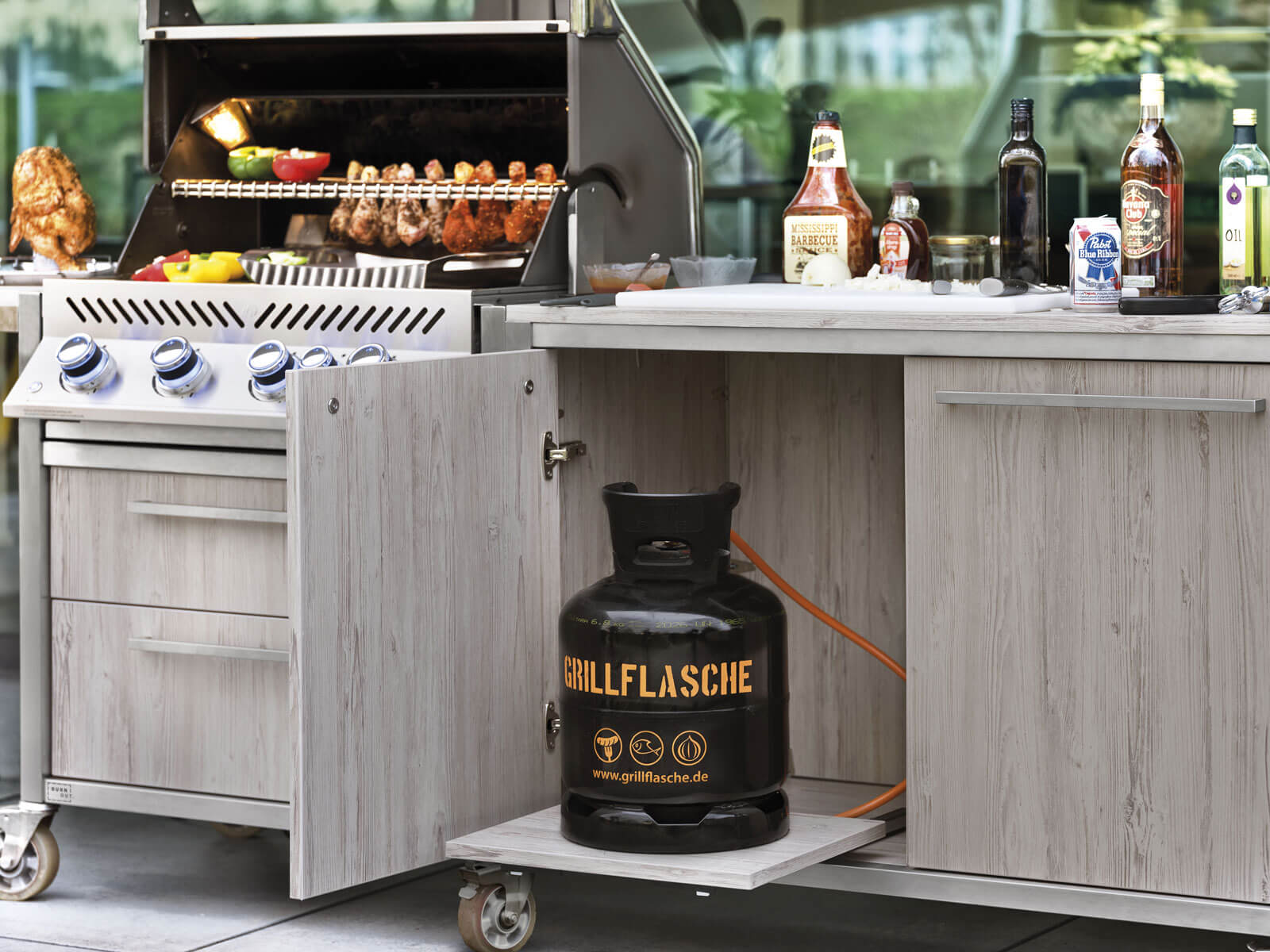 Burnout Outdoor Küche Grill Holz Fronten Griffstangen